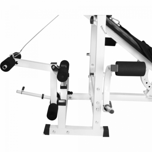 Monipuolinen treeniasema ja 108kg krominen painosarja