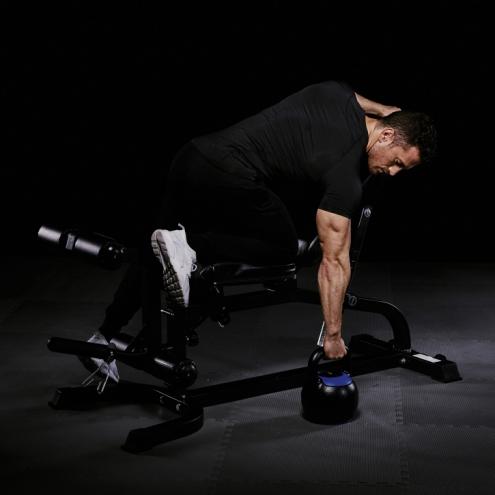 Monipuolinen treeniasema ja 100kg vinyylinen painosetti